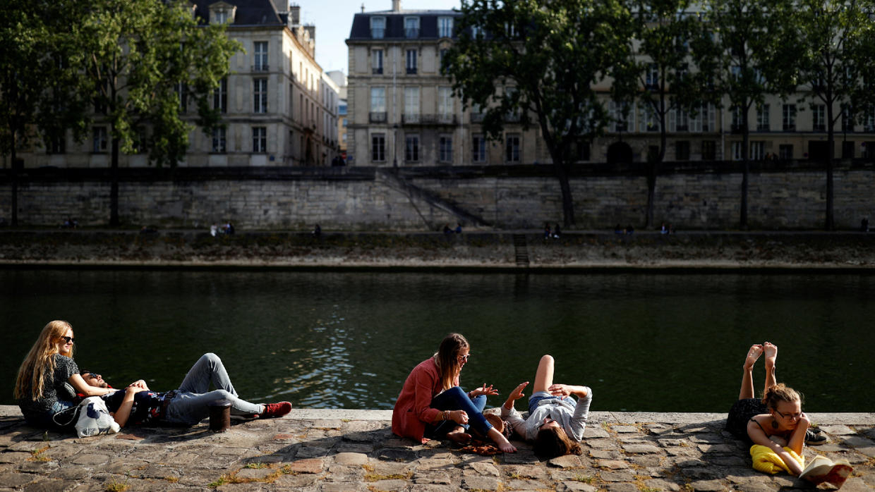 Photo of France has lowest daily increase in new Covid-19 cases and deaths since lockdown