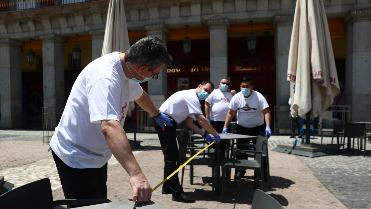Photo of Spain lifts Covid-19 lockdown measures in Madrid and Barcelona and reopens beaches