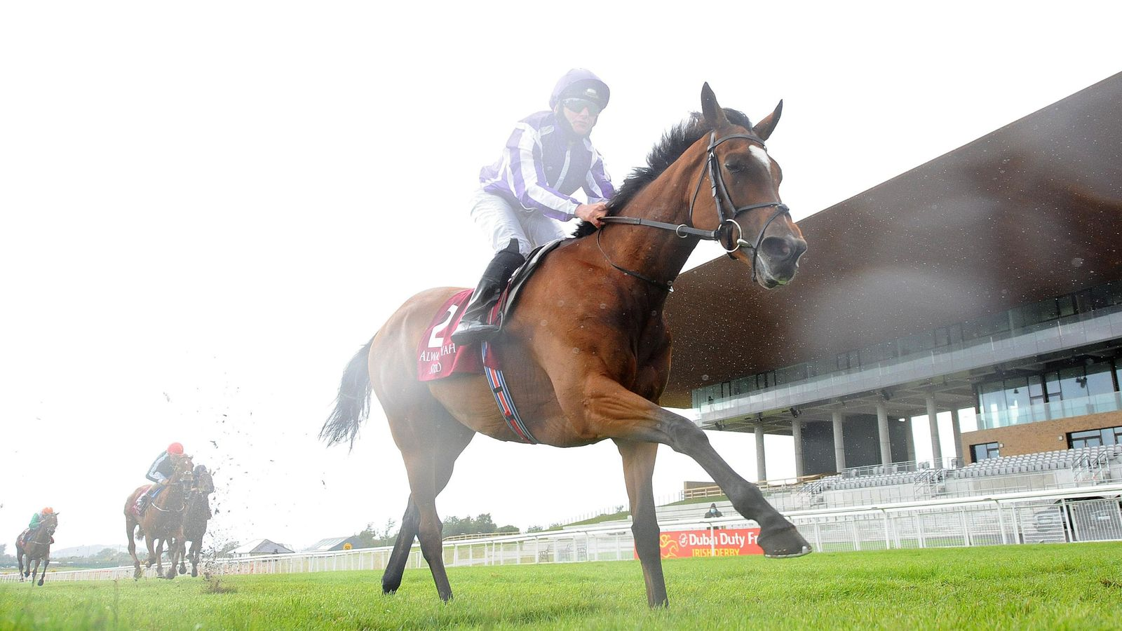 Photo of Magical back with smooth win in Pretty Polly Stakes