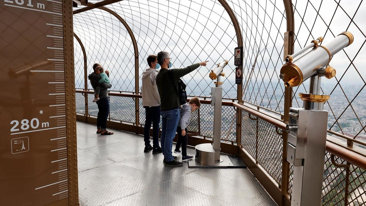 Photo of Disneyland Paris, top floor of Eiffel Tower re-open to visitors