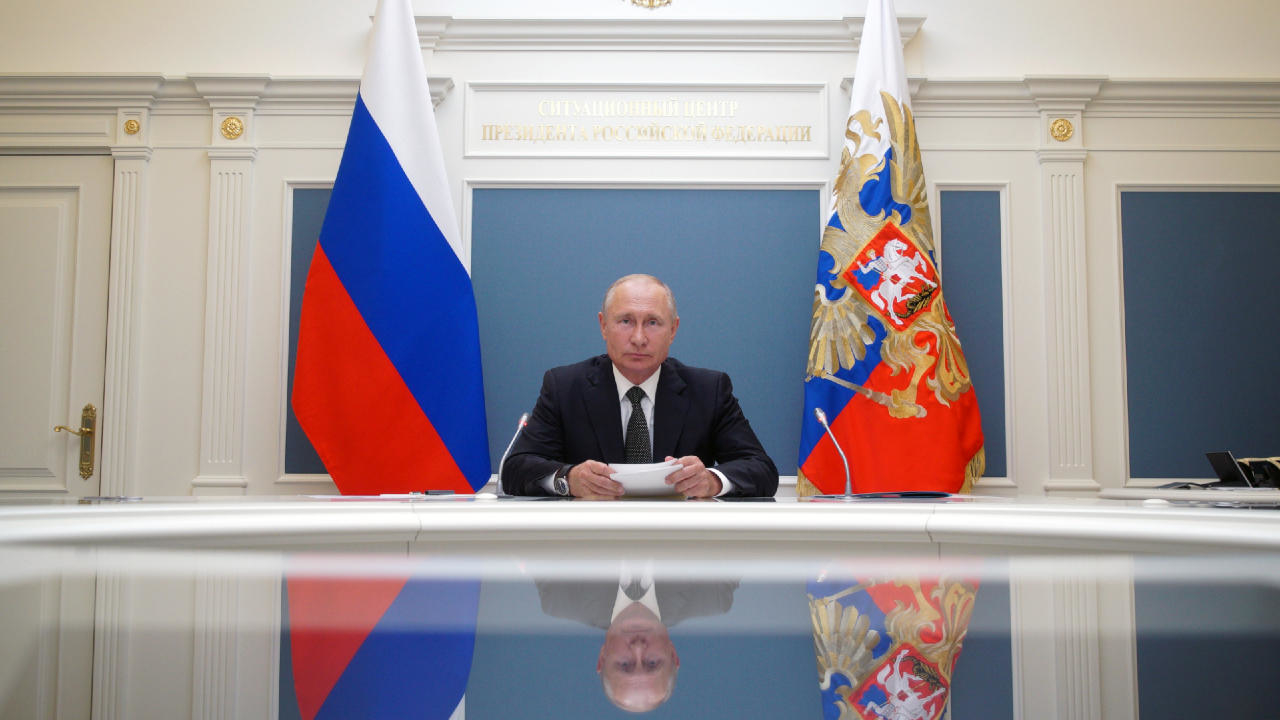 Photo of Russians set to back reforms allowing Putin to stay in power