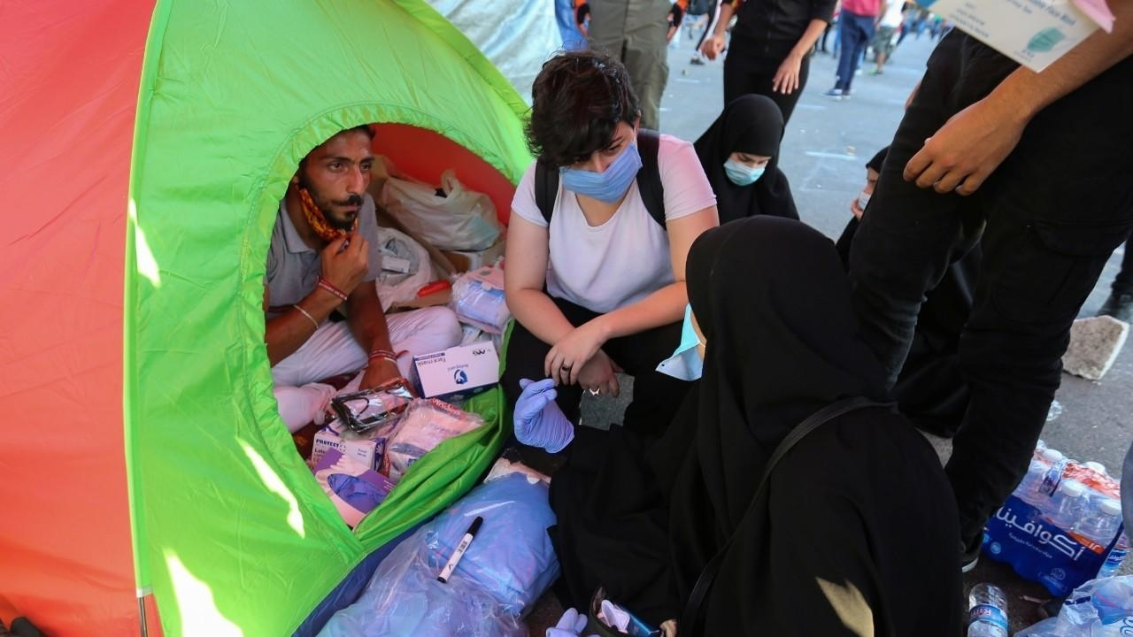 Photo of Aid pours in after Beirut blast leaves hundreds of thousands homeless