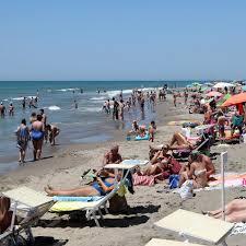 Photo of Italians Enjoy Their Summer While Minding the Virus