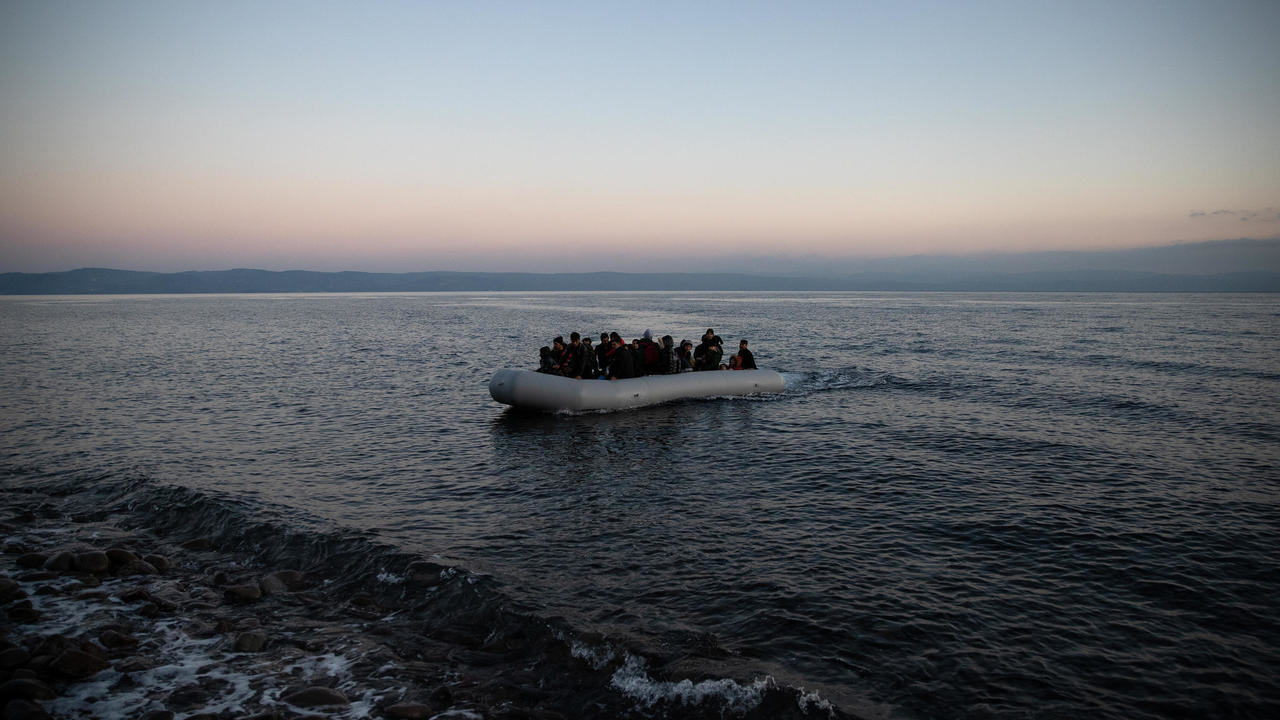 Photo of UN, rights groups accuse Greece of using pandemic to step up migration restrictions