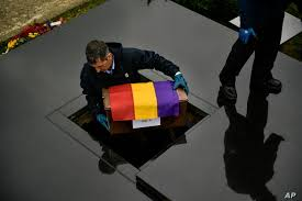 Photo of Law Giving Redress to Franco Regime Victims Divides Spain