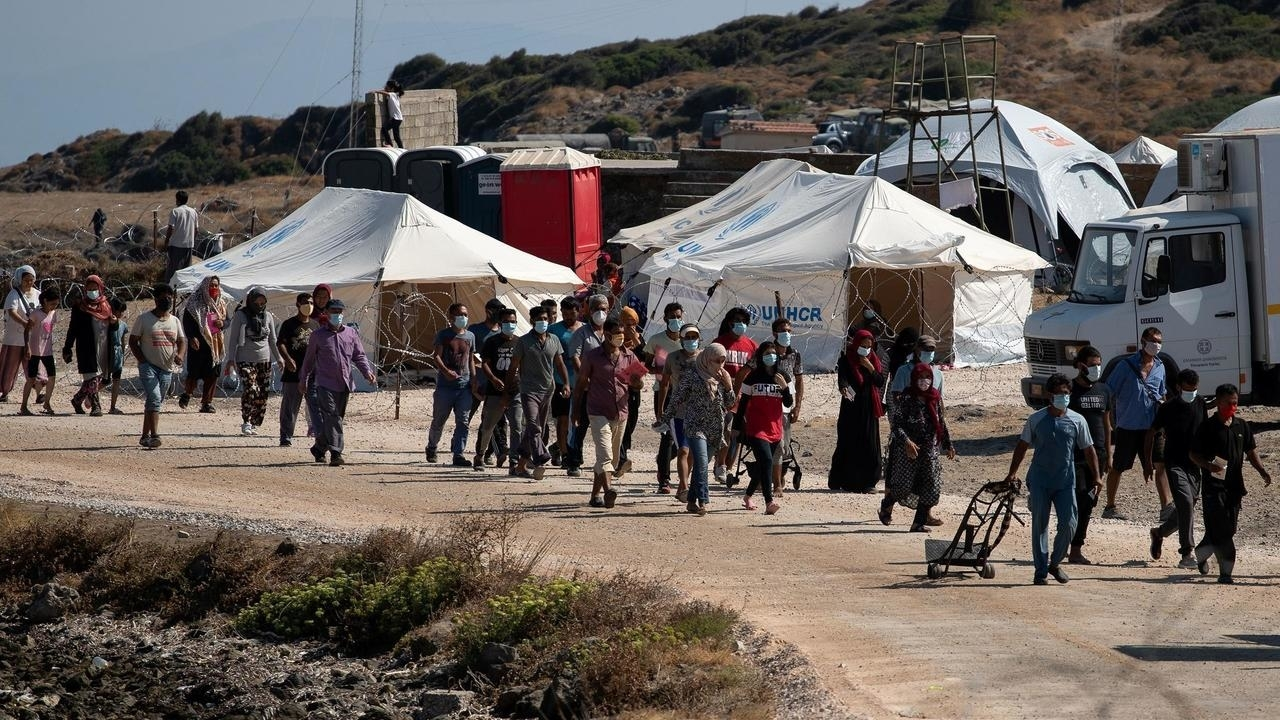 Photo of Most homeless Lesbos migrants transferred to new temporary camp after fire