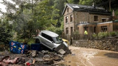 Photo of Heavy rainfall drags away cars in Belgian village