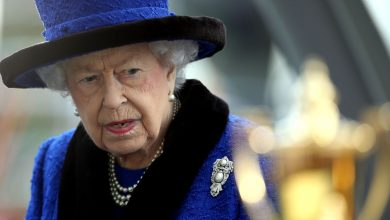 Photo of 'You are as old as you feel': Queen declines old age award